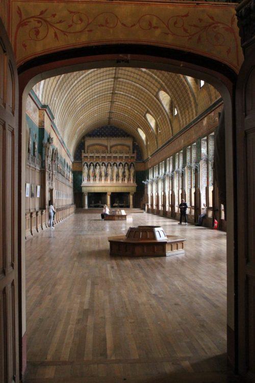 © BL. Intérieur et parquet bois du château de Pierrefonds